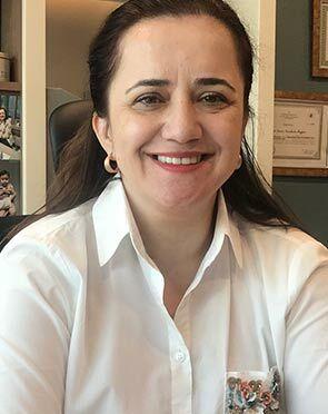 Dr. Prof. Banu Kumbak Aygun